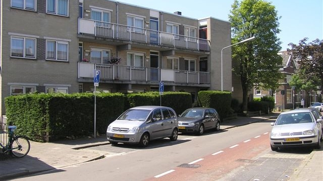 Appartementencomplex schuin tegenover