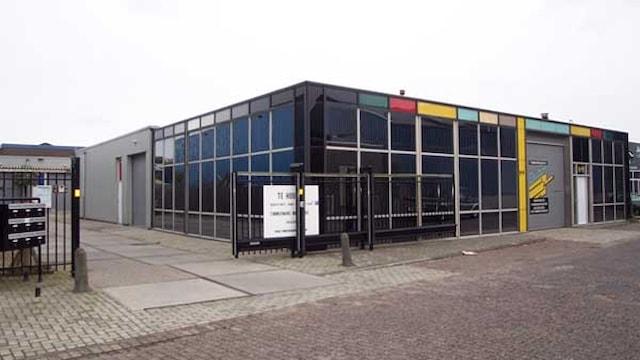 Voorkant bedrijvencomplex