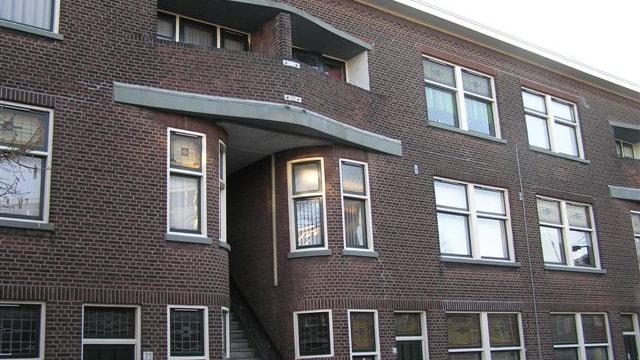 Twede verdieping (rechter zijde portiek)