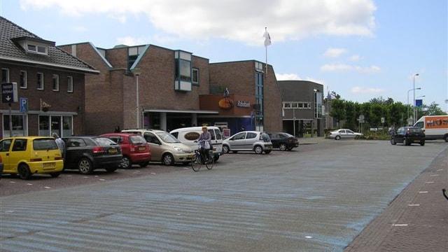 Achterzijde - parkeren