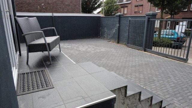 Kampstraat 81-81 C & Romeinenstraat 90