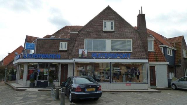 Gijsbrecht van Amstelstraat 67 / Eikbosserweg 77