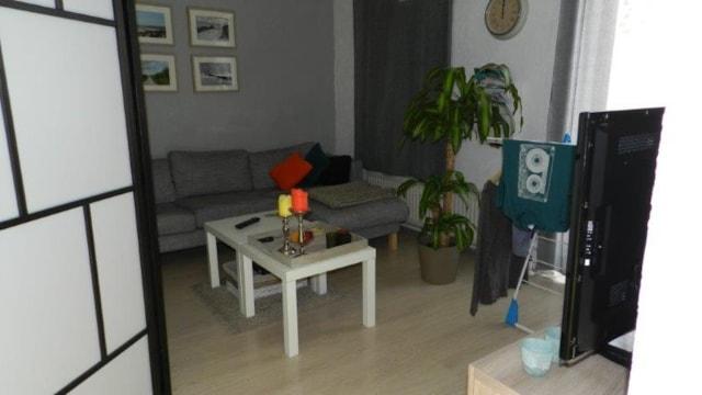 Studio 1e etage