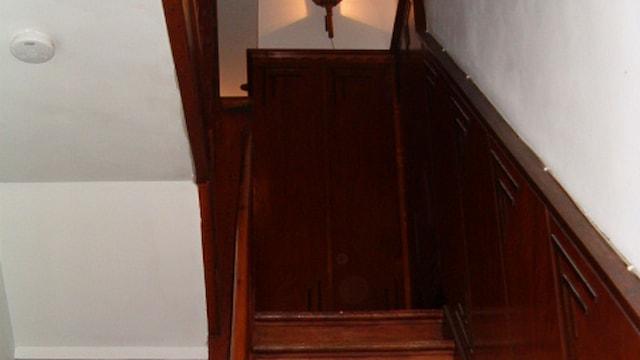 Trap naar 1e verdieping.