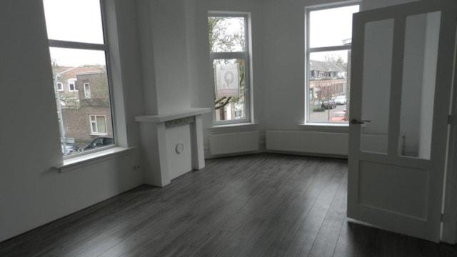 Woonkamer etage