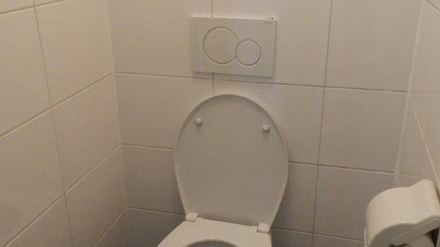 37 toilet