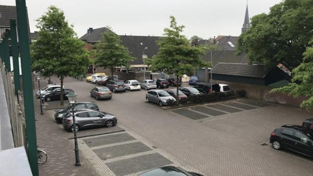 Ooievaarsterrein 4 en Schevelstraat 10