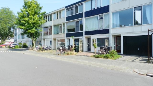 Robijnstraat 13