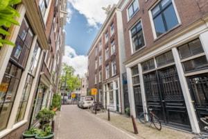 Langestraat 1H, 1-1, 1-2, 1-3 en 1-4, 1015 AK Amsterdam
