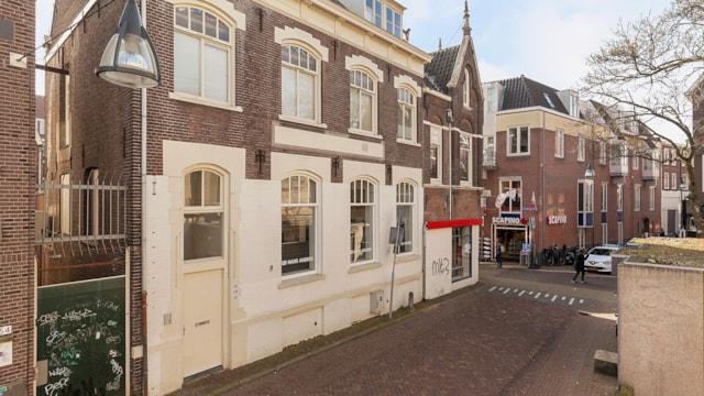 Roggenstraat 12 & Nieuwstraat 52A, 52B en 52C